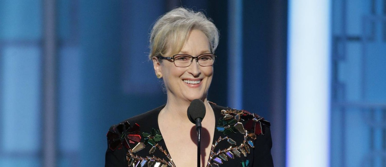 meryl-streep-accepting-the-cecil-b-demille-award-at-the-74
